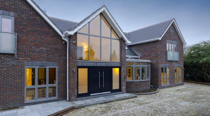 Renovare casa cu geamuri duble cu termopan